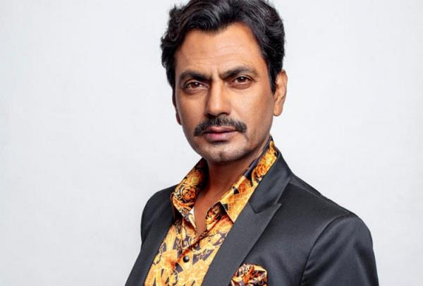 nawazuddin siddiqui and his family home quarantined in muzaffarnagar
