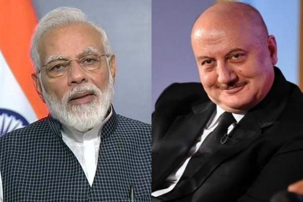 anupam kher reaction on congress says narendra modi is weak prime minister