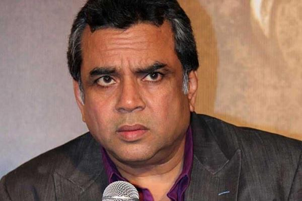 paresh rawal tweets some time people did nor ask for selfie due to coronavirus