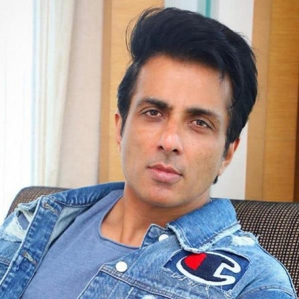 two boys sung special song for actor sonu sood