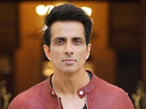 sonu sood became an angel for migrant laborers in lockdown
