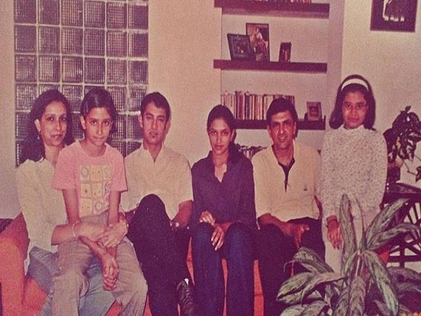 deepika padukone share 20 years old throwback picture with aamir khan