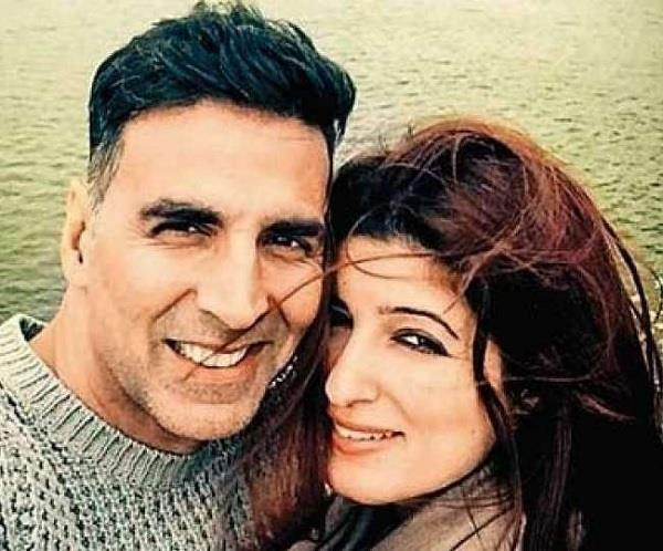 akshay kumar apologises to wife twinkle khanna on twitter