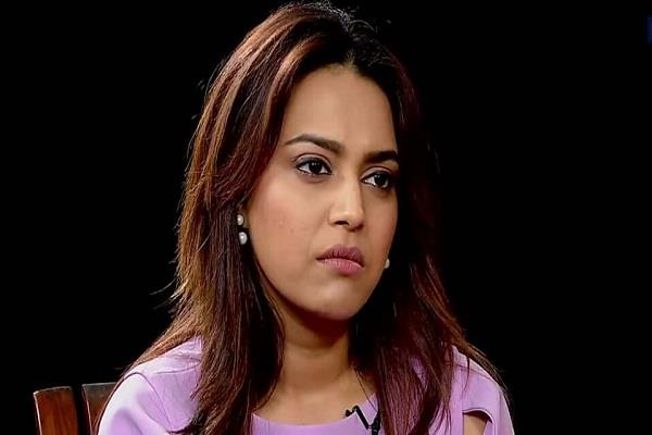 swara bhaskar slams a user who try to troll her for pakistan accident