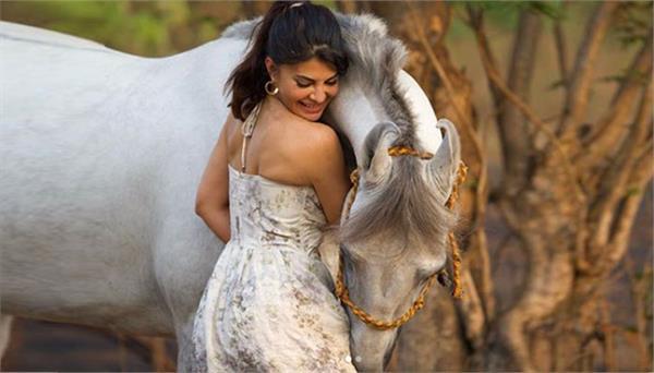 jacqueline fernandez photoshoot for a leading magazine