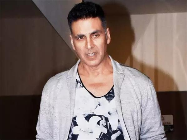 akshay kumar denies booking charter flight for sister and warns of legal action
