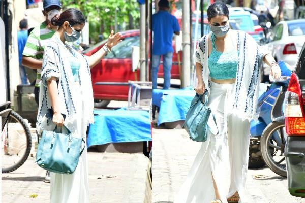fatima sana shaikh spotted in mumbai