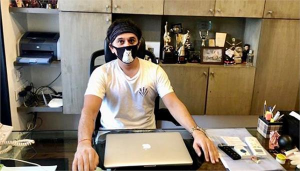 ritesh sidhwani joins back his office in unlock phase 1 photo viral