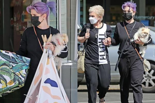 actress kelly osbourne went out shopping with her mother