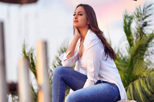 sonakshi sinha left twitter wrote in the fire we in our fun