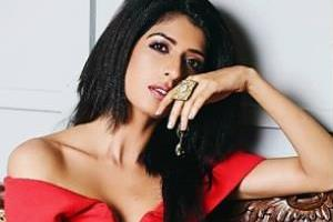 aishwarya sakhuja complaint against a user who commented her figure