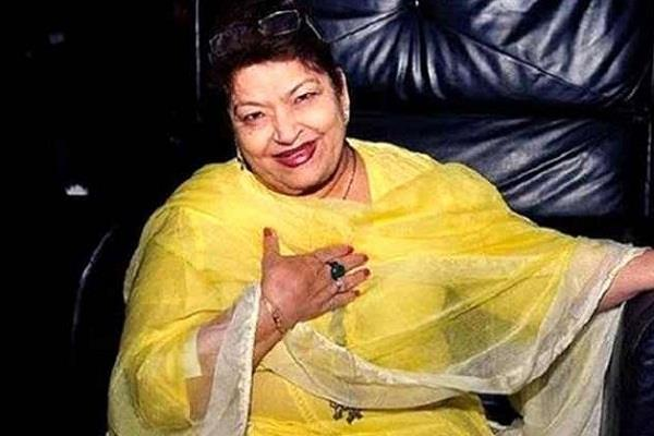 famous choreographer saroj khan is no more
