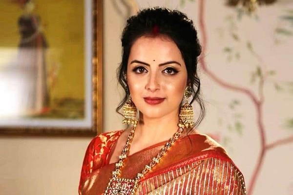 iss pyaar ko kya naam doon actress shrenu parikh tested corona positive