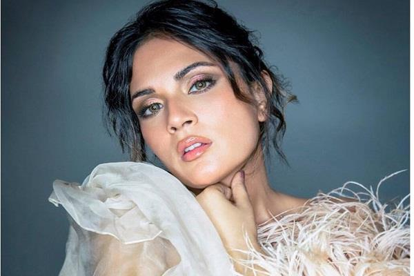 richa chadda reveals that replaced actresses if refused to sleep with them