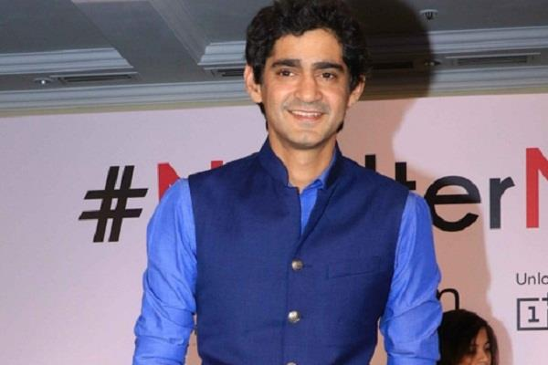 gaurav kapur said after chinese apps banned also ban whatsapp