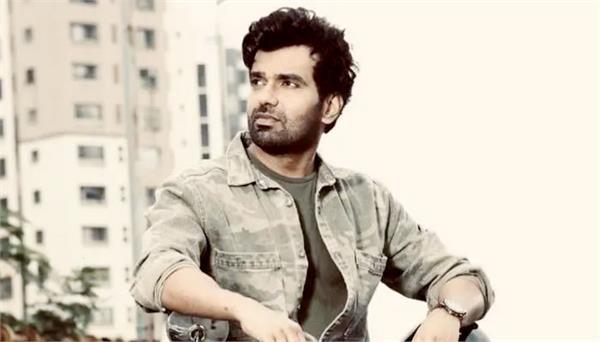 ias officer actor abhishek singh short film chaar pandrah trending on twitter