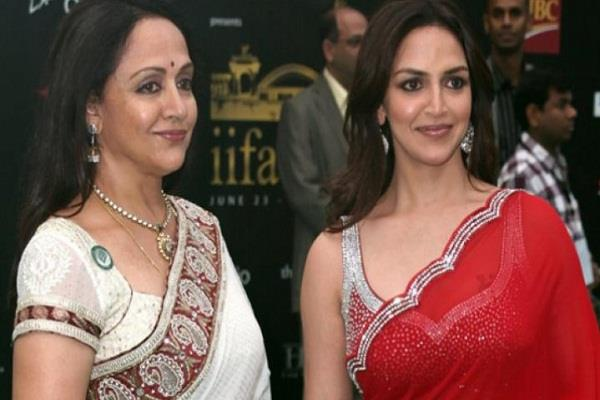 esha deol broke silence on the news of hema malini being ill