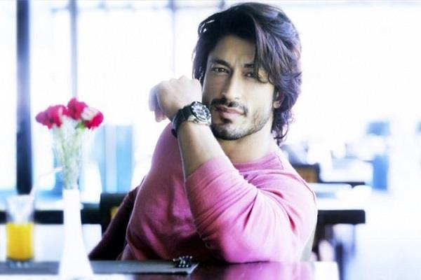 actor vidyut jammwal speak on insiders vs outsiders debate