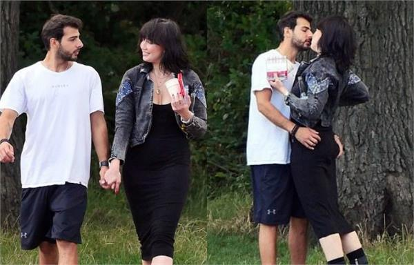daisy lowe spotted with mystery man in a park