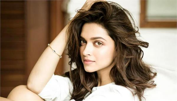 deepika padukone reveals about her college life
