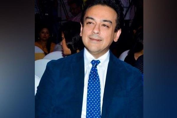adnan sami gives befitting reply to pakistan s user to comment on indians