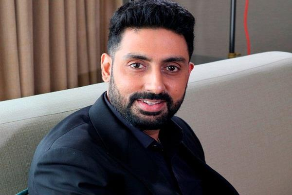 abhishek broke silence over reports of being discharged from the hospital