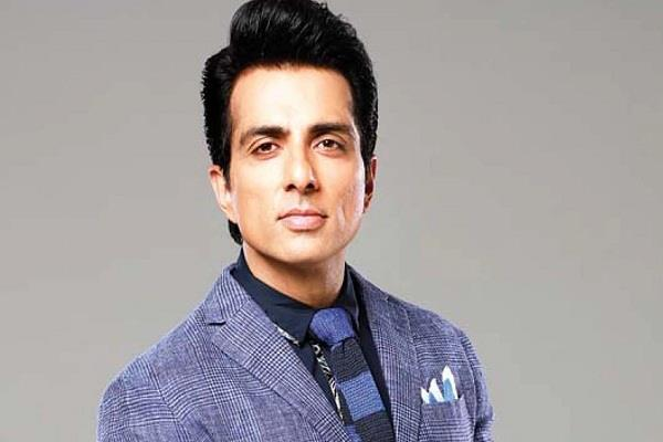 sonu sood going to provide 1 lakh jobs to migrant laborers