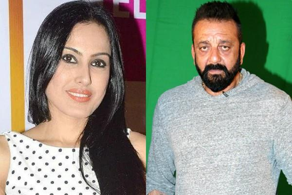 kamya panjabi keep akhand jyot for sanjay dutt good health on ganesh chaturthi
