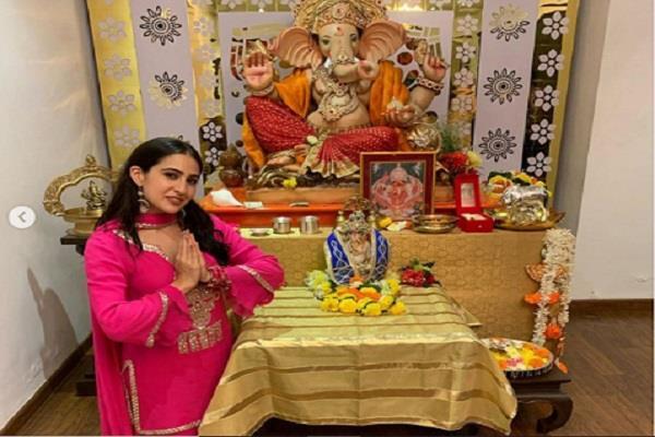 sara ali khan trolled by sharing pictures of ganpati puja