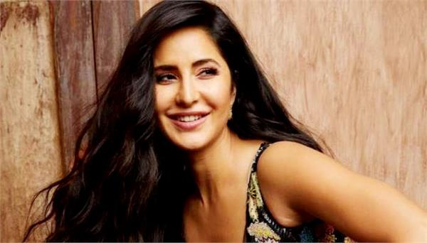 katrina kaif enjoying bandish bandits