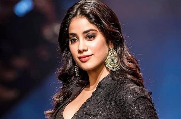 janhvi kapoor reacts on the insider outsider debate in bollywood
