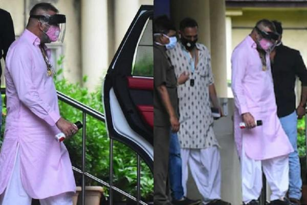 sanjay dutt spotted outside leelavati hospital
