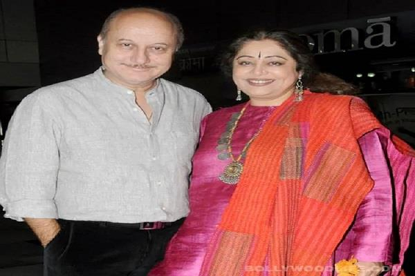 anupam kher wishes wife kirron kher on 35th wedding anniversary