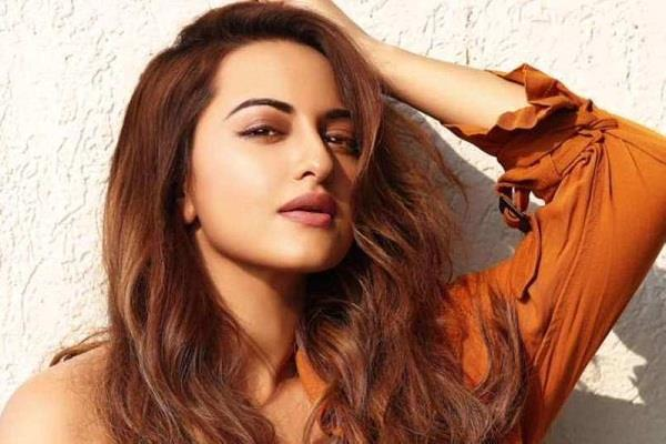 sonakshi sinha break silence over trolling on social media