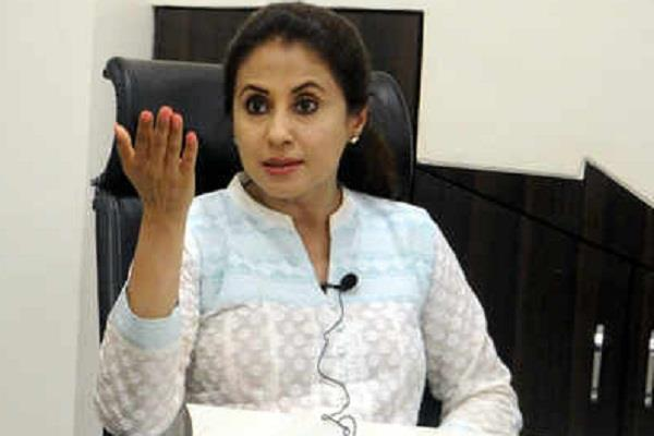urmila targets cbi said in dabholkar case failed to reach mastermind