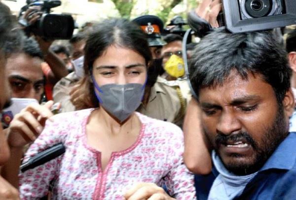 narcotics control bureau interrogate rhea chakraborty again