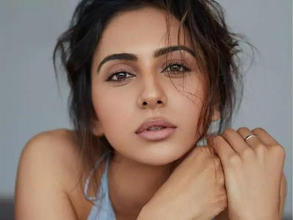 rakulpreet singh bungalow guard said actress is not there in her residence