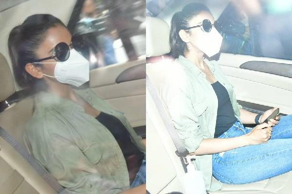 rakul preet singh leaves for house to ncb office