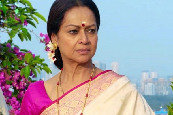 zarina wahab got corona positive admitted in lilavati hospital