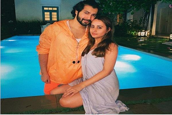 varun dhawan shared photo with girlfriend natasha dalal