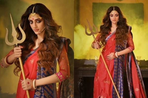 सांसद नुसरत जहां को मिली जान से मारने की धमकी, कुछ दिन पहले देवी दुर्गा बन कराया था फोटोशूट