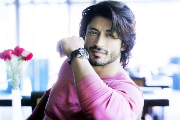 vidyut jamwal is in relationship said i like a girl