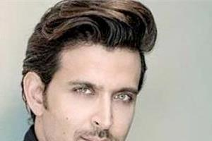 hrithik roshan help indian belly dancer in achieving her dreams