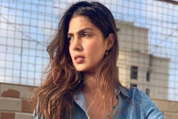 rhea chakraborty shifted to separate cell at byculla jail