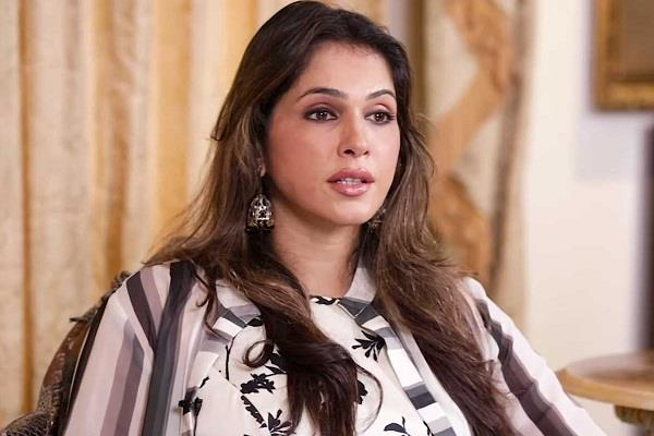 isha koppikar breaks silence on nepotism in bollywood