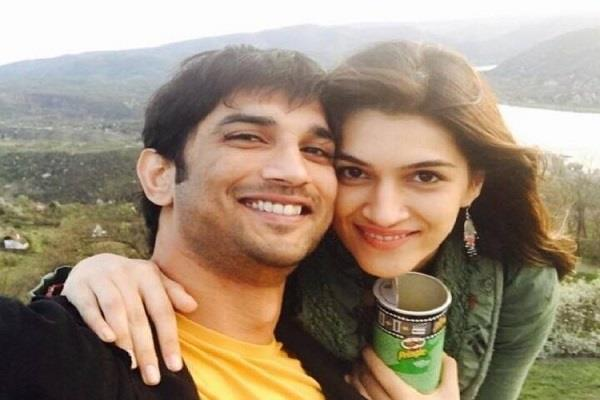 kriti shared a post for sushant and give special message