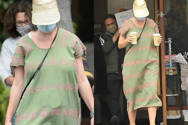 katy perry spotted for the first time after delivery at public place