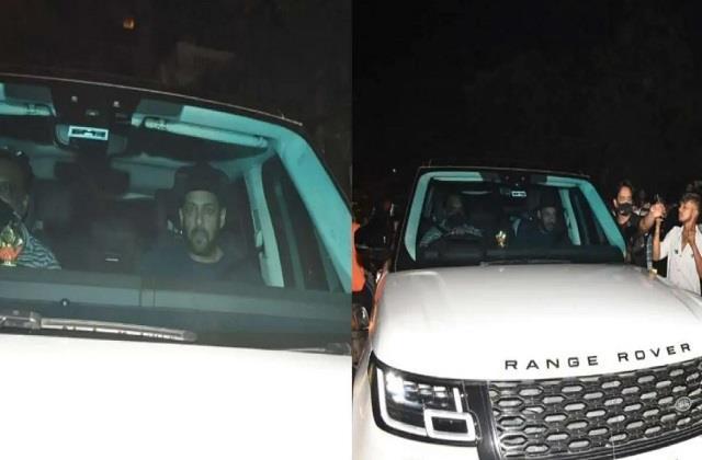 after aryan s arrest salman khan reached  mannat  to meet shahrukh khan