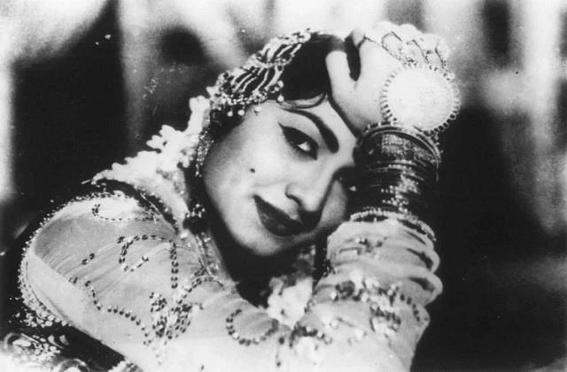 actress minoo mumtaz passed away