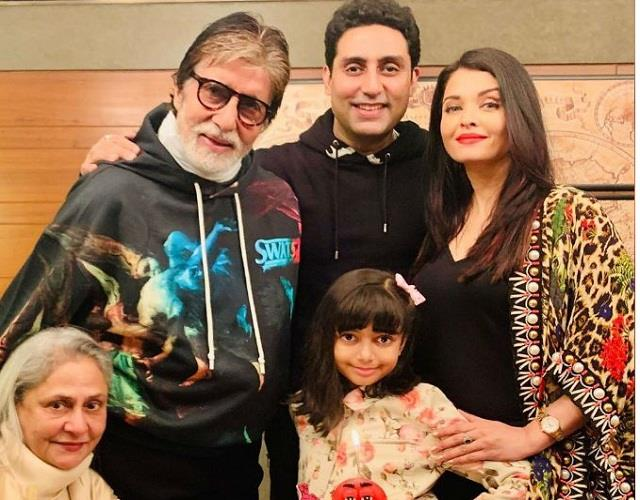 amitabh bachchan family scared due to bats attack in  jalsa